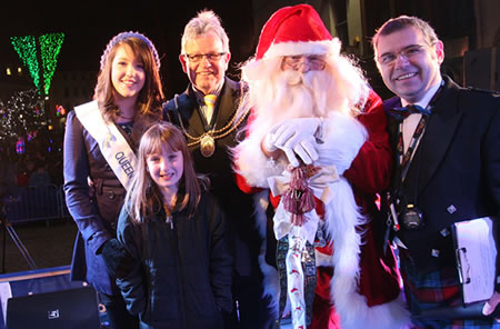 Santa with Dignatries at Dumfries Xmas Light swith on